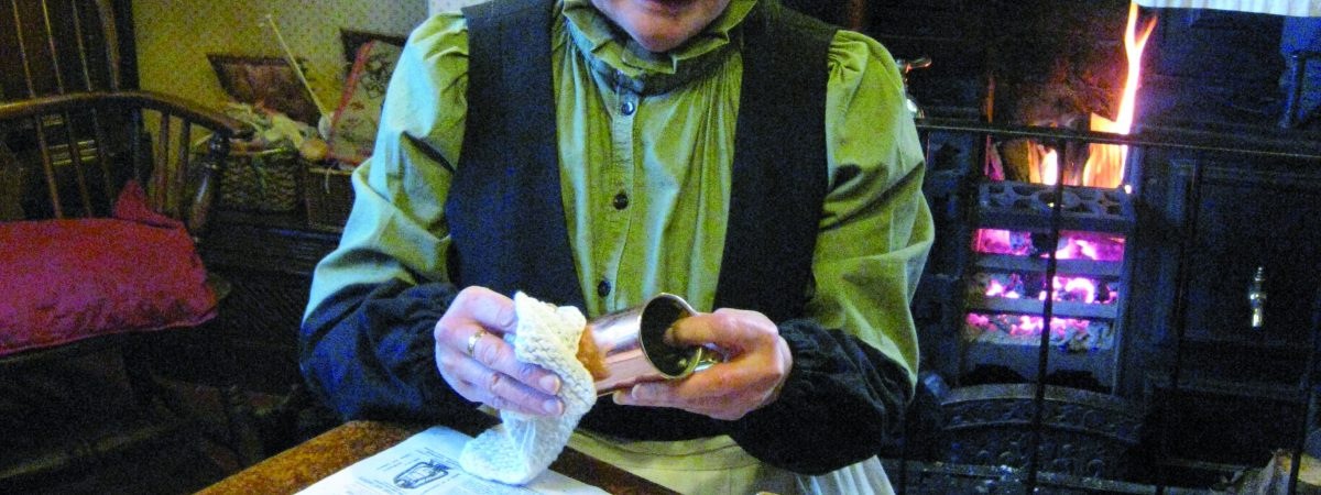 Blists Hill Victorian Town Housekeeping Hints Stephanie Bond in Duke of Sutherland Cottage (3)